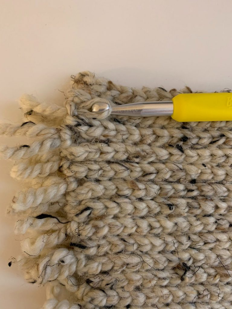 how to add fringe to crochet rug