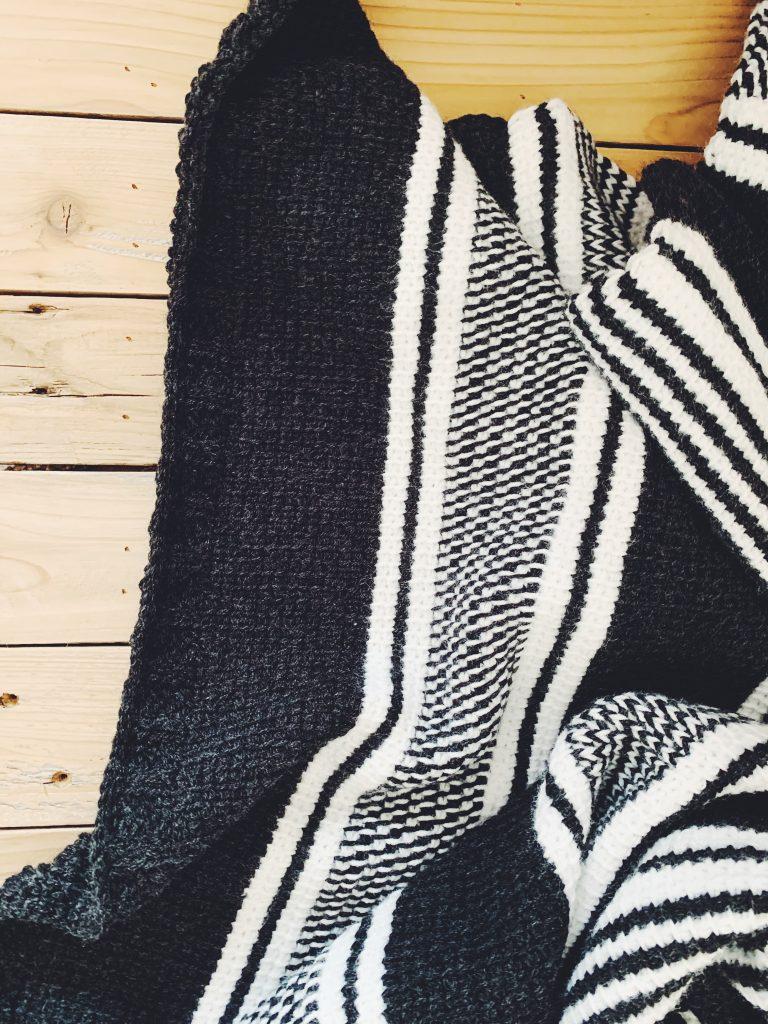 black and white crochet blanket pattern