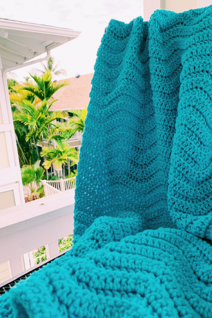 wave stitch blanket in crochet