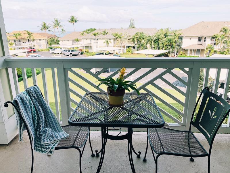 Hawaii Lanai with ocean view