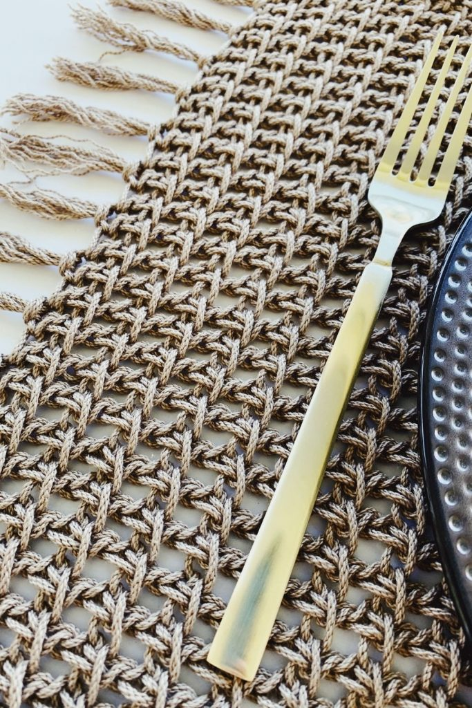 rectangle crochet placemat with with 24/7 cotton yarn