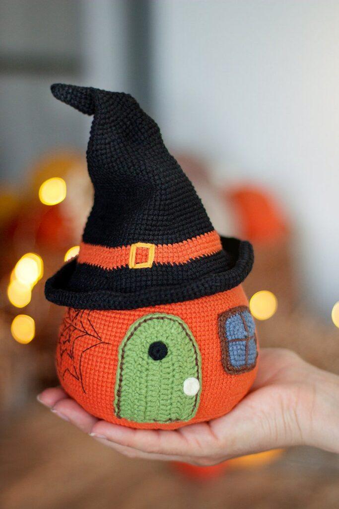 crochet pumpkin house a halloween crochet pattern